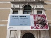 Palazzo Grassi, il manifesto sull'ingresso