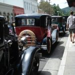 The classic cars on California Street added a lot to the festive atmosphere