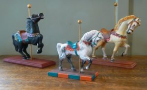 Holiday Treasures 2017 : Hand carved carousel horses by Anthony Laenen