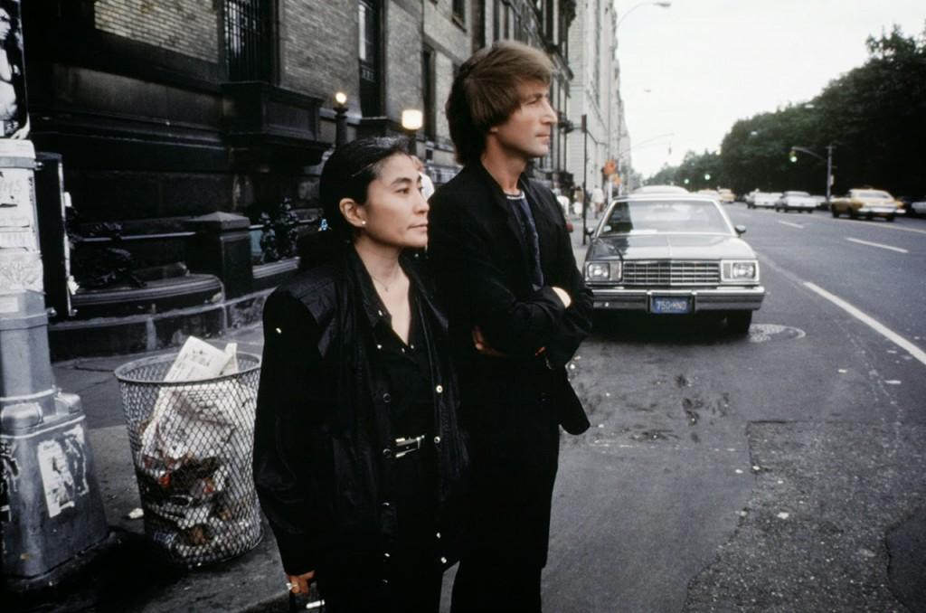 Photos of John Lennon  Yoko Ono in Central Park Three
