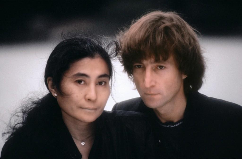 Photos of John Lennon  Yoko Ono in Central Park Three Months Before Lennons Death  ArtSheep