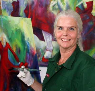 Kunstner Helle Borg Hansen udstiller i galleri i Hillerød
