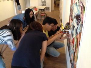 2015 自由人藝術公寓成員李宜亞 帶領第七屆實習生 展覽撤佈展實務課程