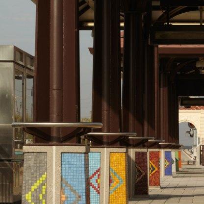 Image of station artwork on platform.