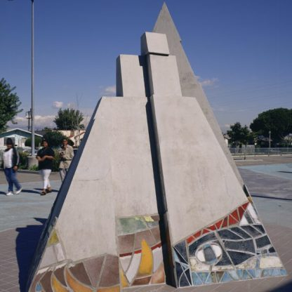 John Outterbridge, Pyramid