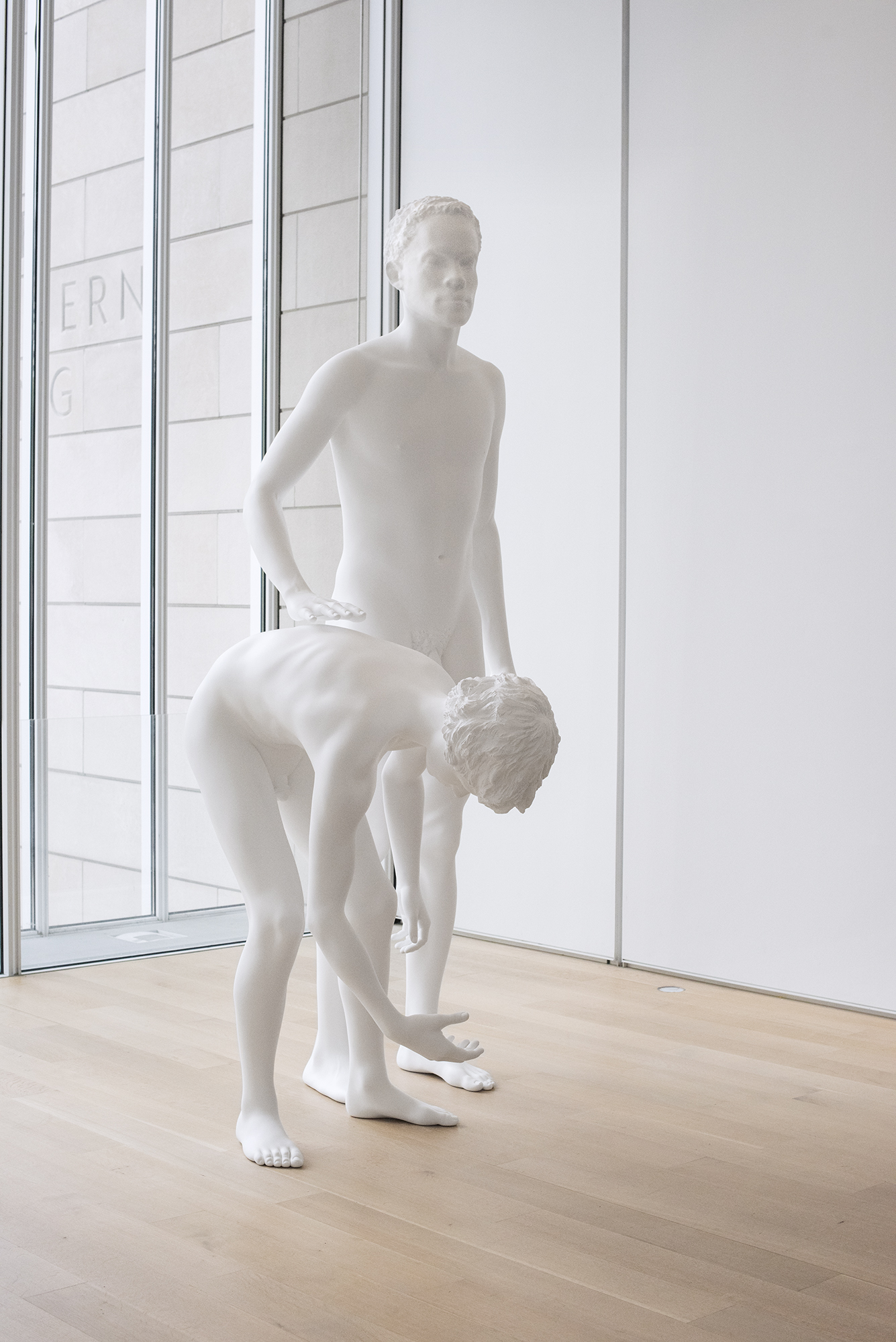 Review: Charles Ray: Sculpture 1997-2014/Art Institute of
