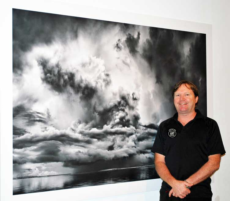 Stephen Baxter Professional Picture Hanging - Art installation Gold Coast
