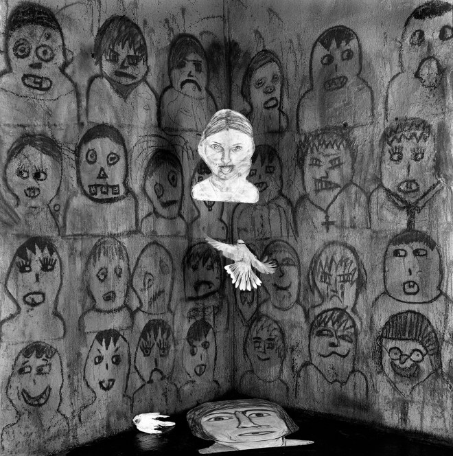 Audience, 2011, Image courtesy of Roger Ballen and Wei-Ling Gallery, Kuala Lumpur