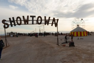 Team Gonzo, Showtown, Bombay Beach Biennale; Photo credit Jack Burke