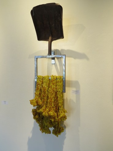 Rhonda Zwillinger, Digging Deep, Let Me Come Home, Gochis Galleries; Image courtesy of the gallery