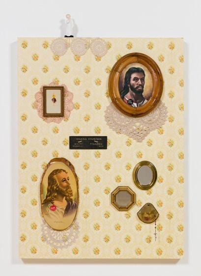 W.W.J.D. Genevieve Gaignard. The Powder Room. Photo Courtesy of Shulamit Nazarian Gallery.