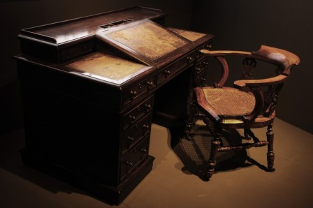Desk and Chair that once belonged to Charles Dickens