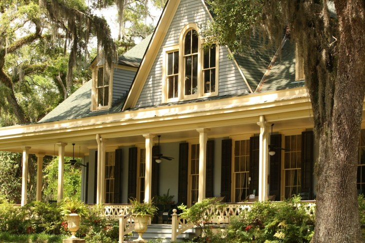 The Curb Appeal Charm of Country Porches