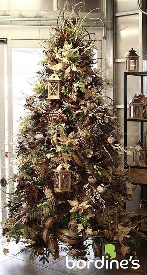 Gold Lanterns Christmas Tree