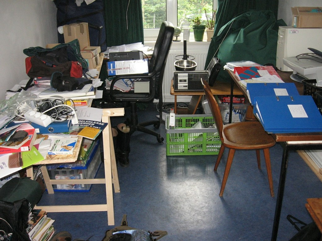 Living with Clutter can be Frustrating