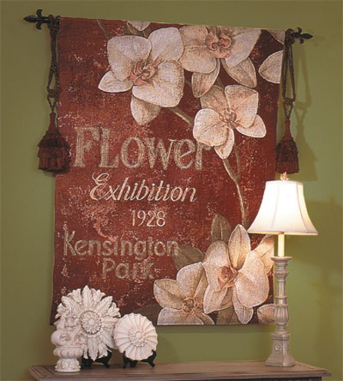 Tips on Hanging a Wall Tapestry