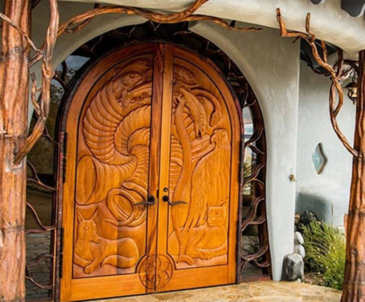 When you approach this unique Oregon home, you'll be created by arched front doors that are framed by beautiful copper sculptures in the shape of trees