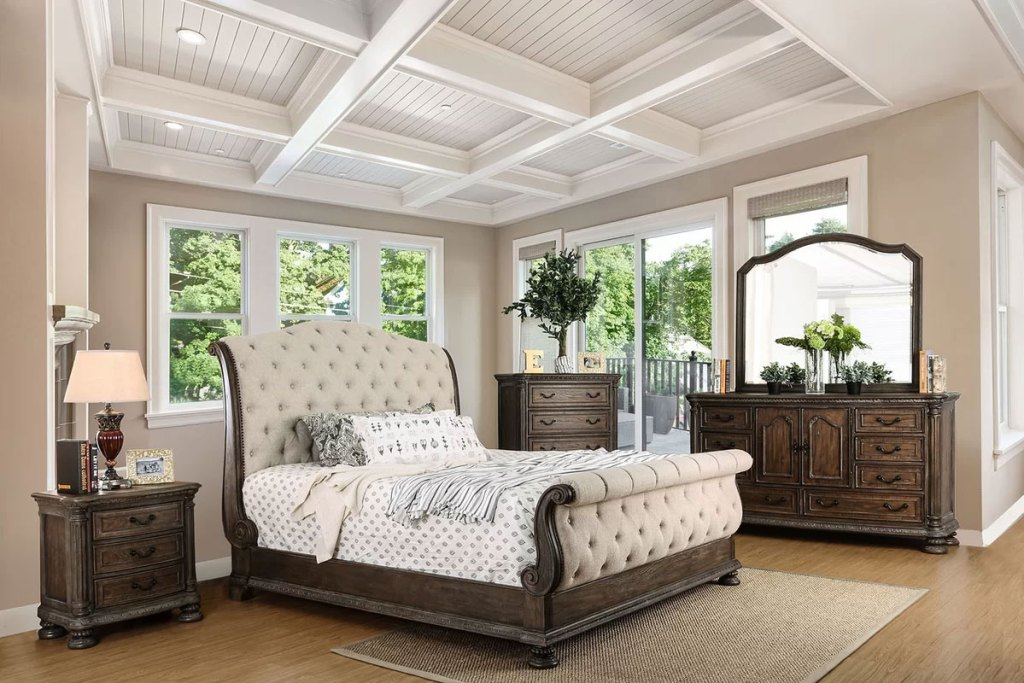 Upholstered Sleigh Beds | Darvell Queen Bed