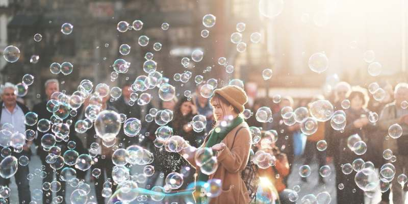 Chasing shiny objects: the dangers of distractions when running a small business