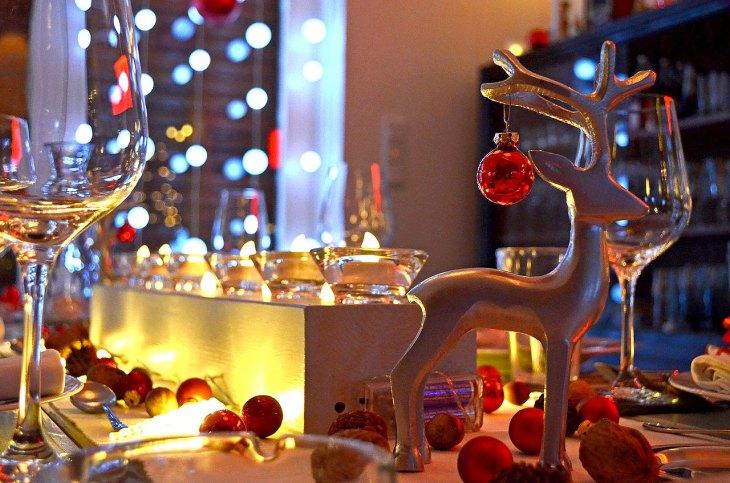 Reindeer Christmas Table Decor
