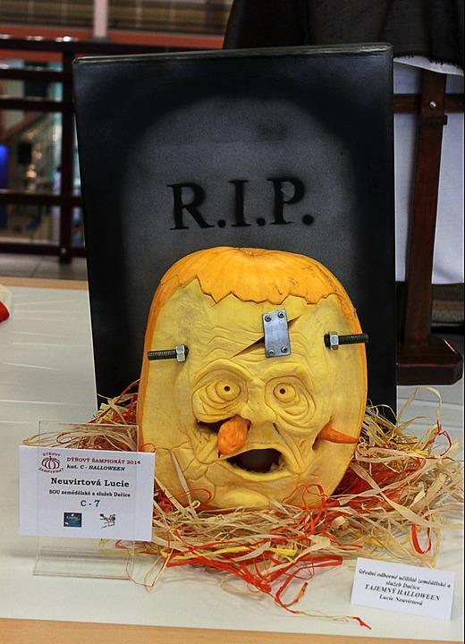 Pumpkin Carving Ideas | Frankenstein Pumpkin