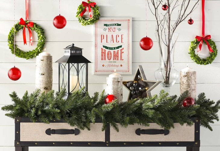 Country Cottage Christmas Hall Table