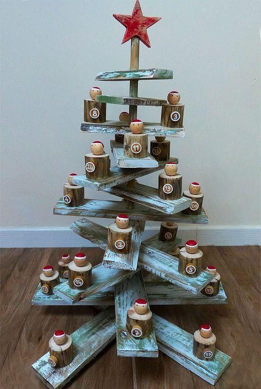 Rustic Wood Christmas Tree Advent Calendar