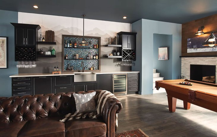 Traditional Blue Kitchenette