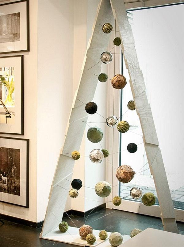 Triangle & Paper Mache Ornaments Unique Christmas Tree