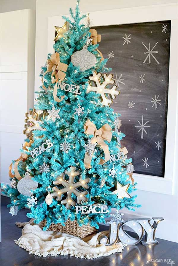 Wintry Turquoise Christmas Tree