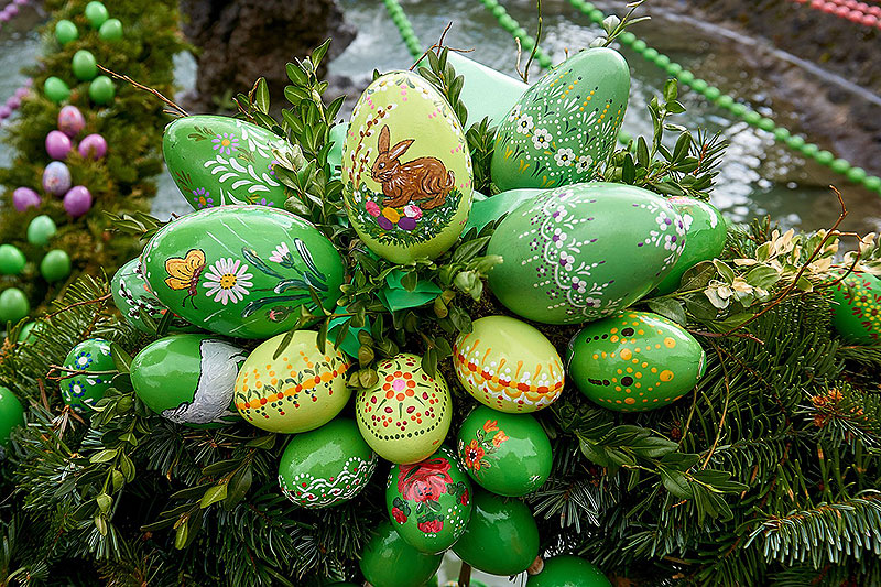 Hand-Painted Easter Egg Display