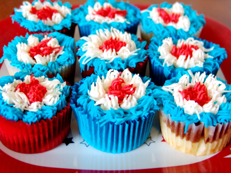 Marble Fourth of July Cupcakes