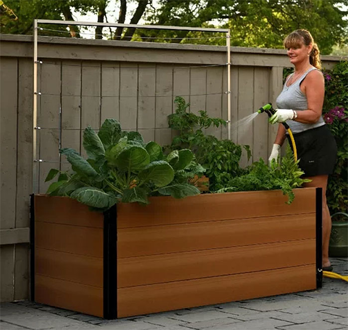 Vita Gardens 5 x 3 Keyhole Composting Raised Garden