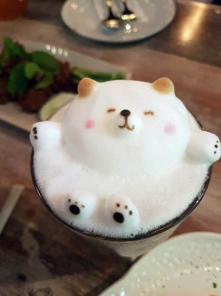 Bubble Bath Bear Latte Art