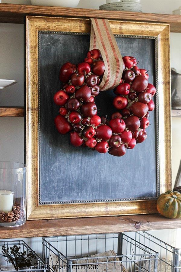 DIY Delicious Apple Wreath