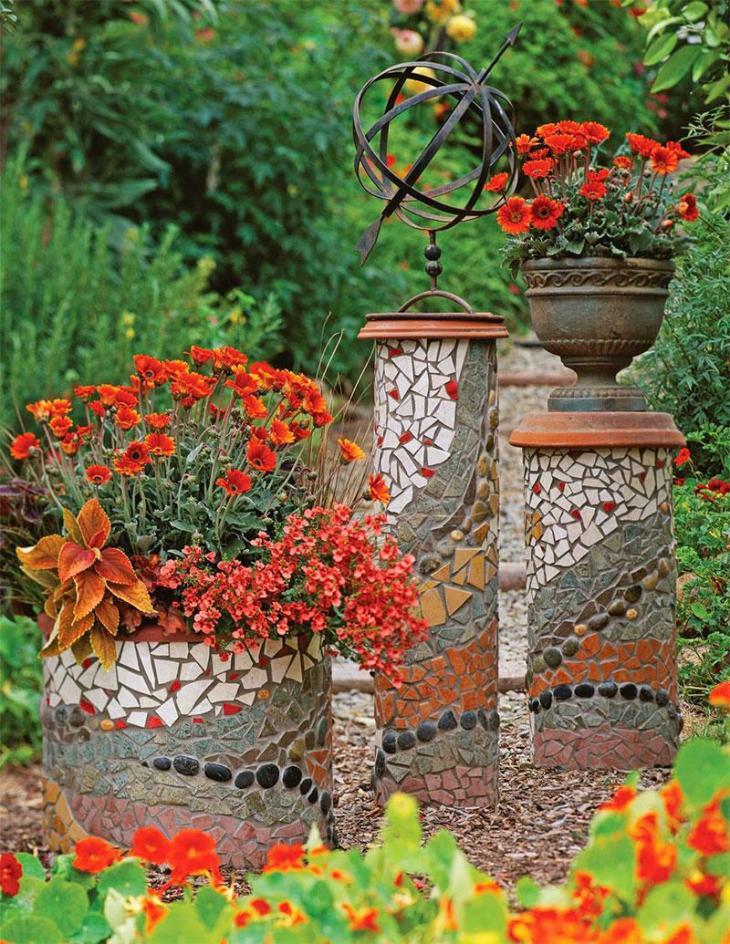 DIY Mosaic Garden Columns