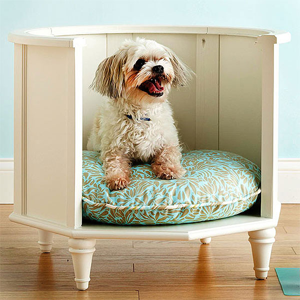 DIY Raised Round Dog Bed