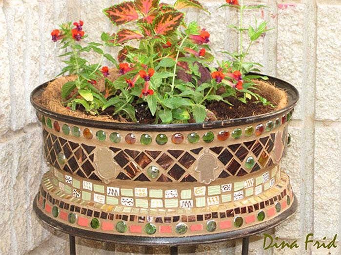 DIY Tire Rim Mosaic Planter