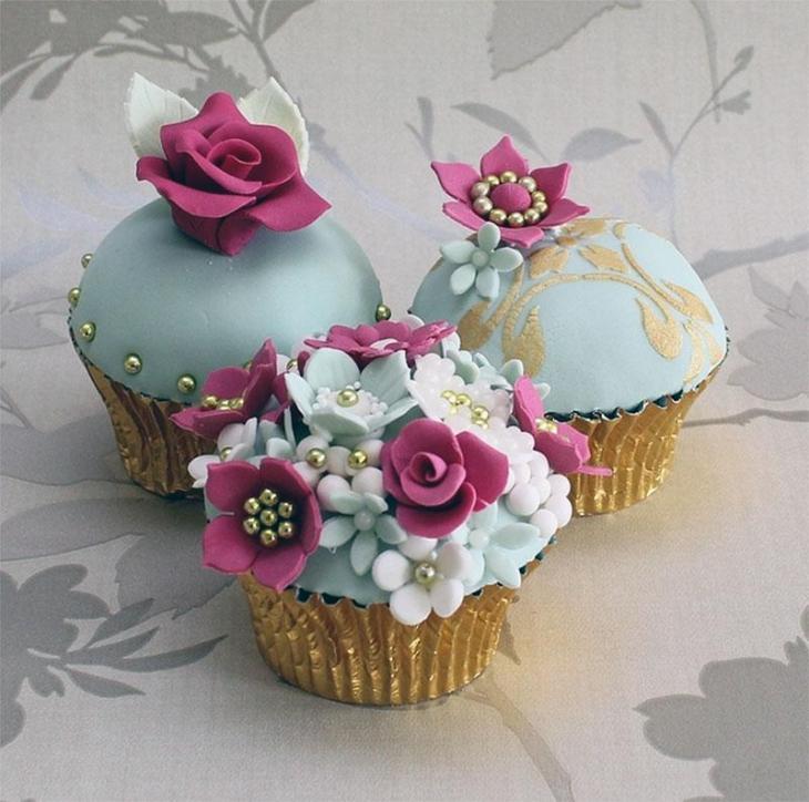 Elegant Floral Cupcakes