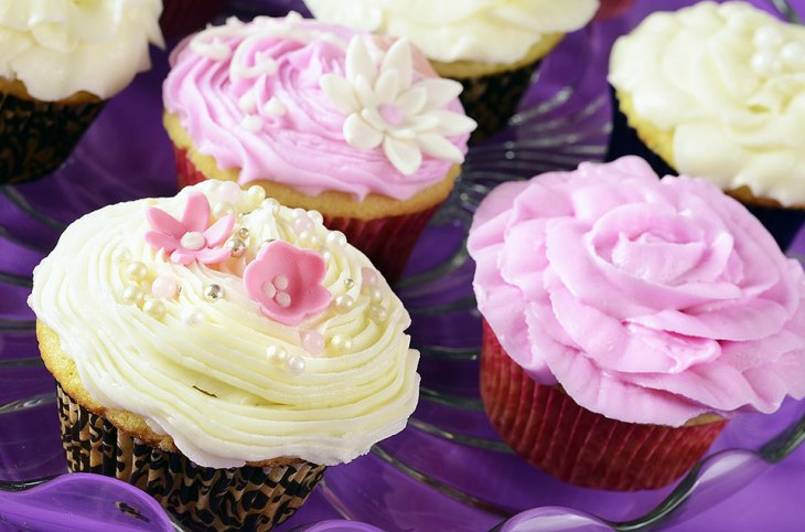 Pale Purple and White Cupcakes