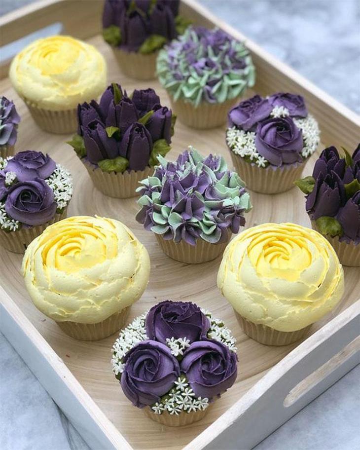 Summer Flowers Cupcakes