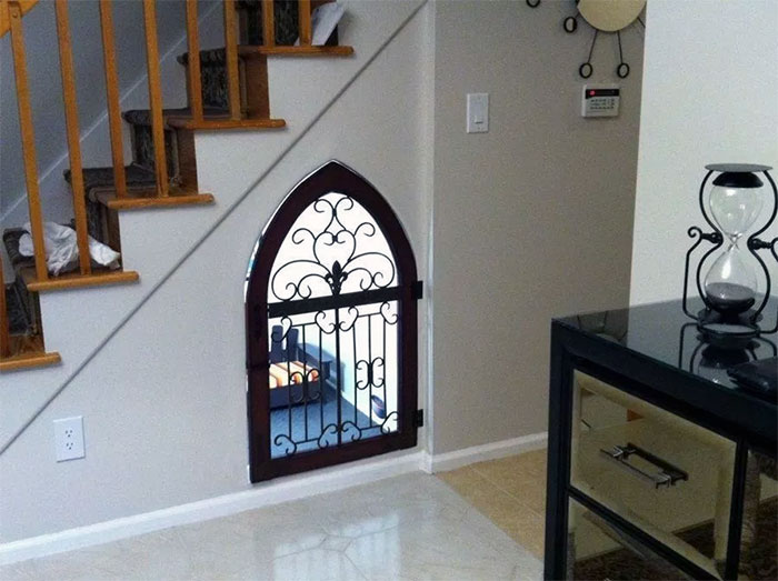 Under Stairs Built In Dog Crate with Decorative Gate