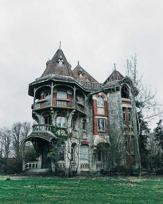 Abandoned Mansion in France