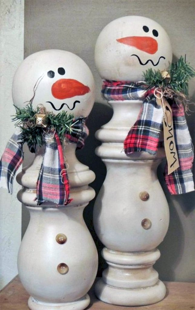 Candle Stick Snowmen | DIY Christmas Decorations