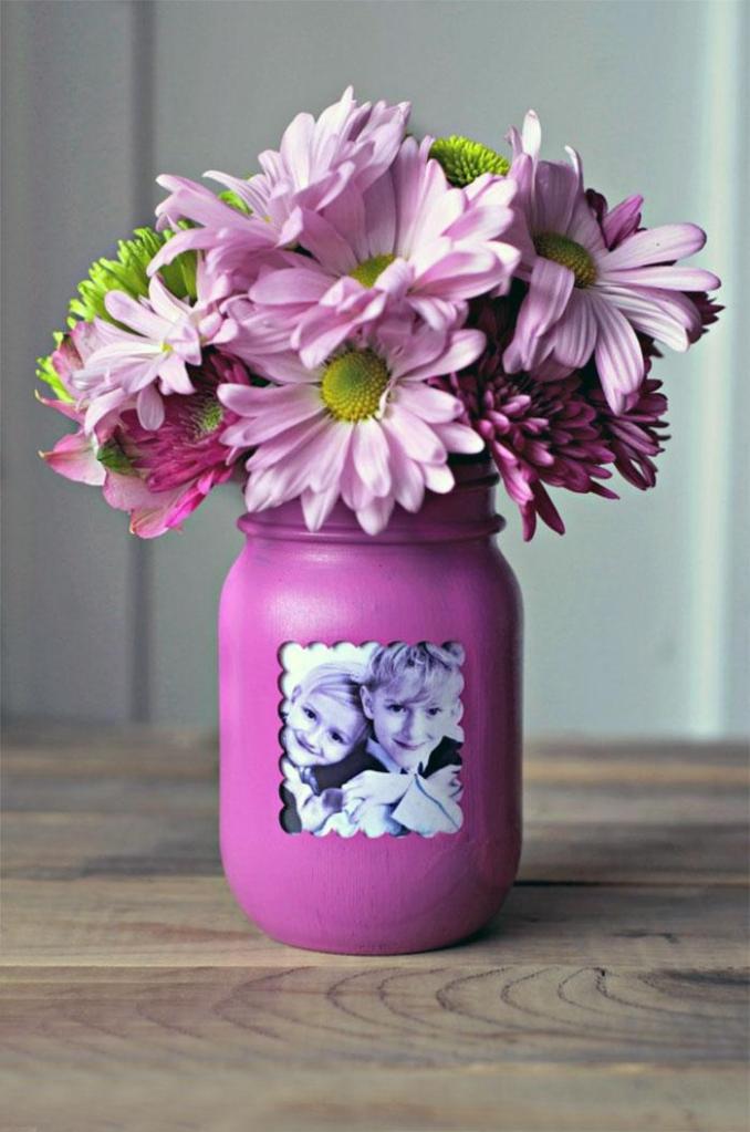 DIY Picture Frame Mason Jar Flower Vase