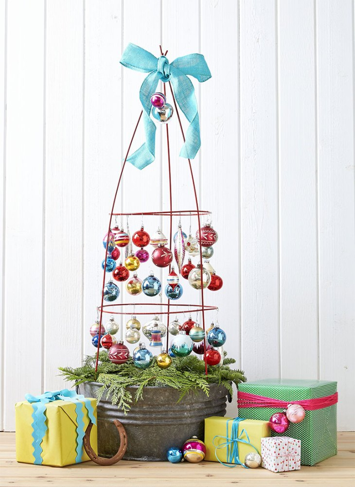 Farmhouse Tomato Cage Christmas Tree