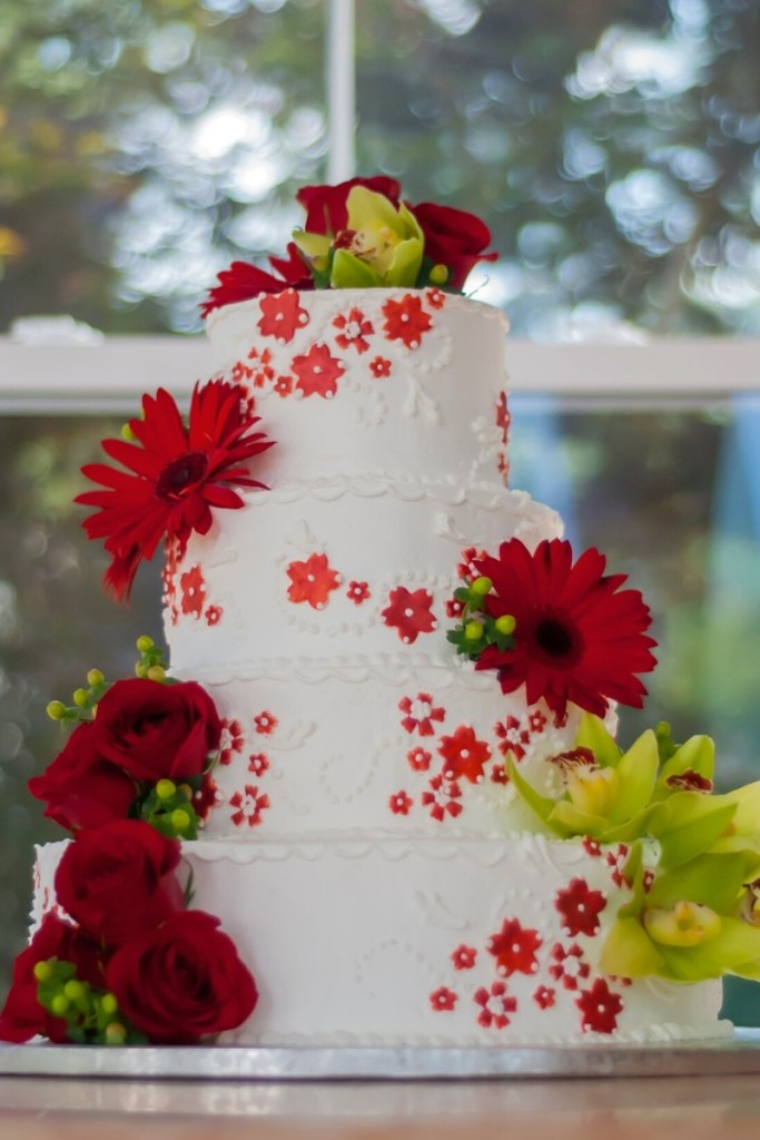 Red Flowers Wedding Cake