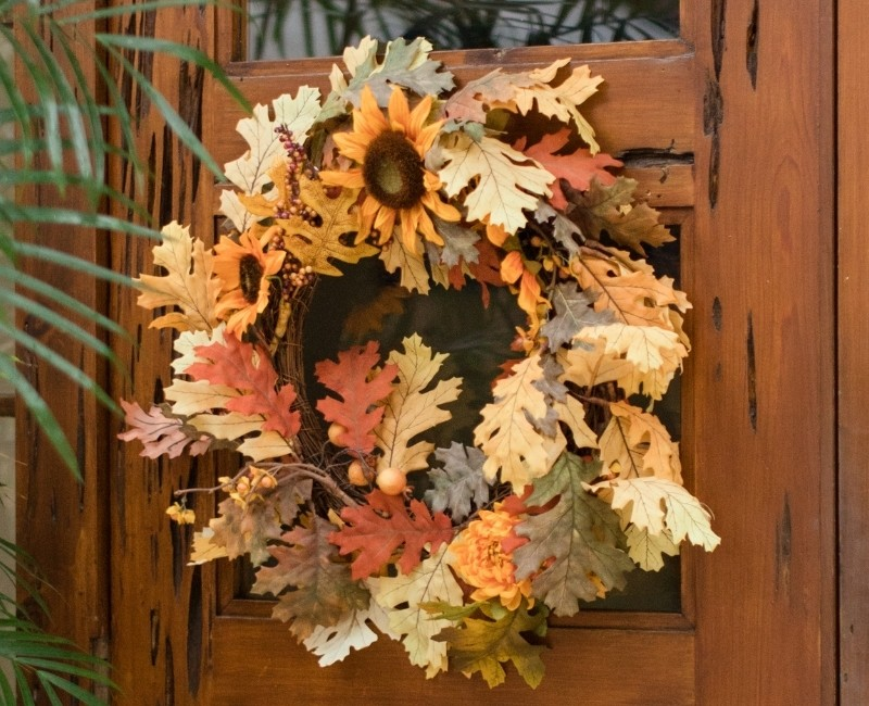 Fall Wreath Ideas - Dried Oak Leaf Wreath