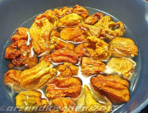 Stuffed dried Peppers