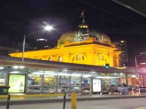 Melbourne by Night 10